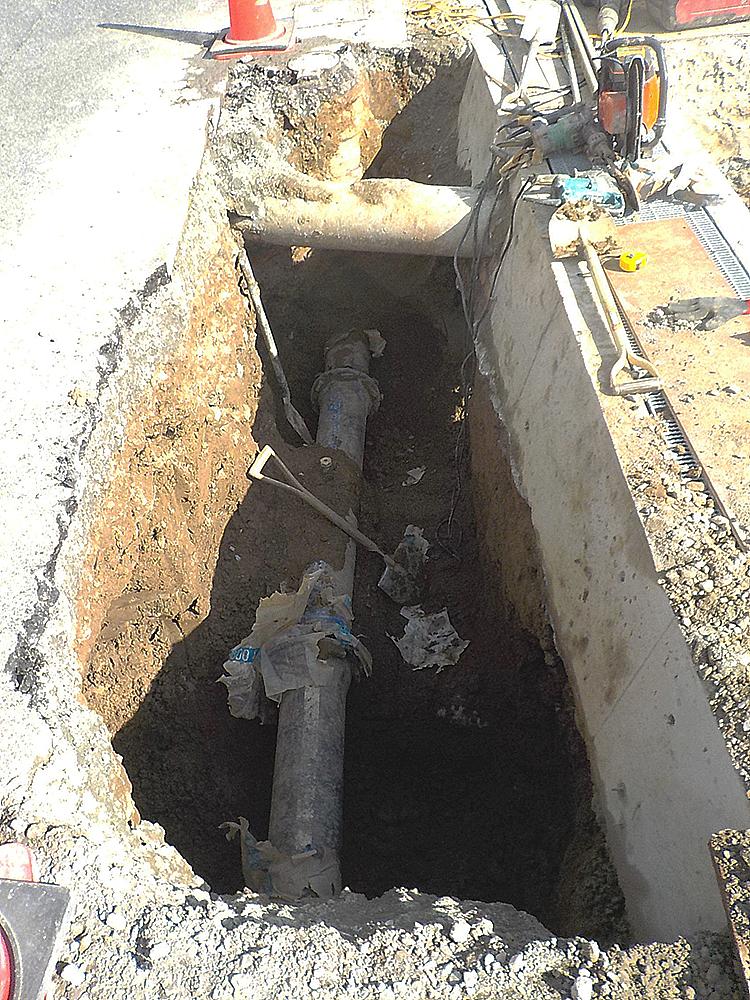 既設配水管 DIPφ200